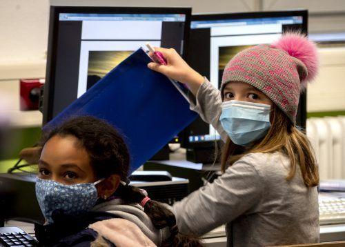 Für alle außer Volksschüler gilt Maskenpflicht.AP