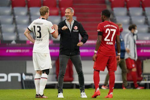 Für Eintracht-Trainer Adi Hütter (rechts) ist der Wunsch von Legionär Martin Hinteregger nach einer offensiven Verstärkung nachvollziehbar.GEPA