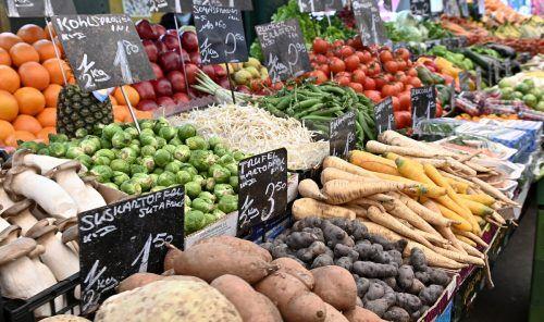 Der Überfluss an Nahrungsmitteln in unseren Breiten schafft Probleme, sowohl gesundheitlicher Natur als auch, was den Umgang damit betrifft.apa