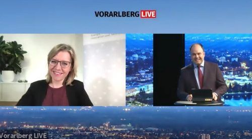 Klimaschutzministerin Leonore Gewessler hält an der Einführung des Plastikpfands fest. Diese solle zeitnah erfolgen.