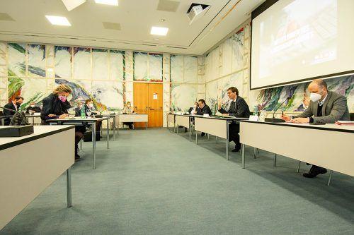 Landeshauptmann Markus Wallner ergriff zwar bei der Sitzung des Stabs der Wirtschaft das Wort, doch öffentlich will er nichts zu den Forderungen sagen. WKV/Serra