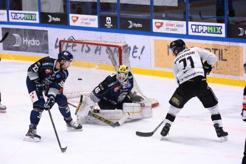 Kevin Macierzynski konnte sich in dieser Saison gegen Fehervar bereits zweimal als Torschütze eintragen. ©Soós Attila