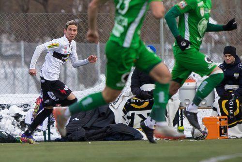 Nach Seitenwechsel kam Csaba Bukta (links) auf seine ersten Einsatzminuten in einem Spiel für seinen neuen Klub Cashpoint SCR Altach.Steurer/3