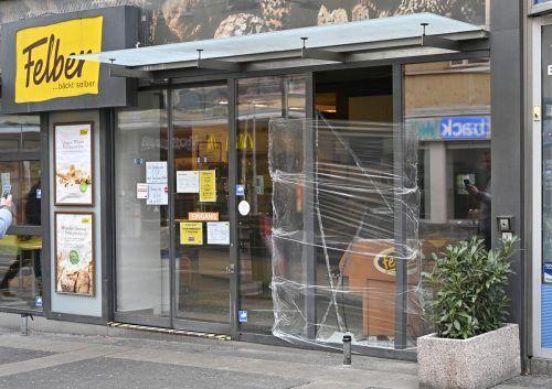 Nachdem es in der Silvesternacht zu etlichen Sachbeschädigungen durch Pyrotechnik in der Gegend um den Reumannplatz gekommen war, rückte die Polizei aus. APA