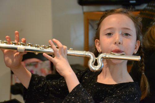 Neben klassischen Musikinstrumenten kann man an der Musikschule Dornbirn auch Tanz und Artistik erlernen.