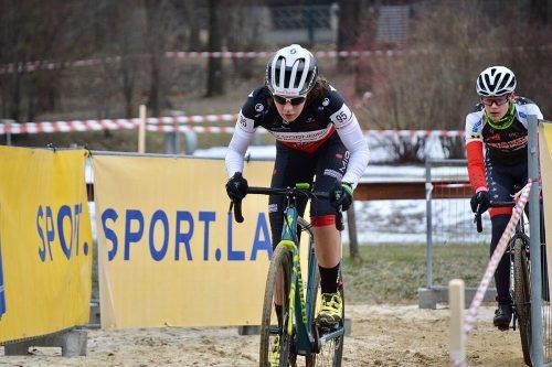 Nora Fischer startete gleich mit einem Meistertitel in die neue Radsaison.