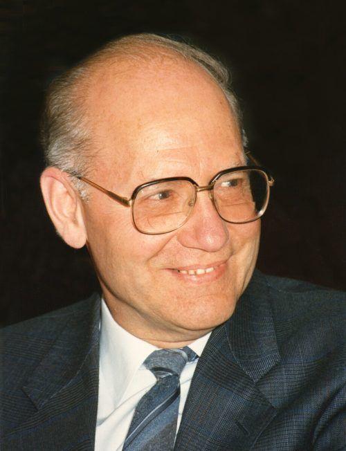 OMR Hermann Anzenbacher: Seine karge Freizeit schenkte er seiner Familie.