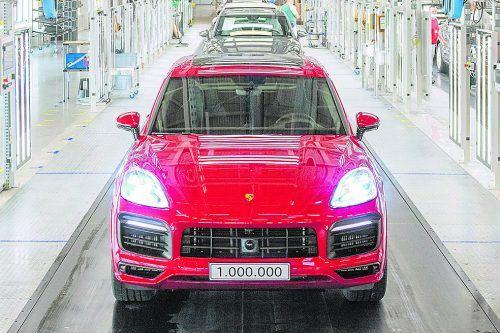 Produktionsjubiläum für den Porsche Cayenne.werk