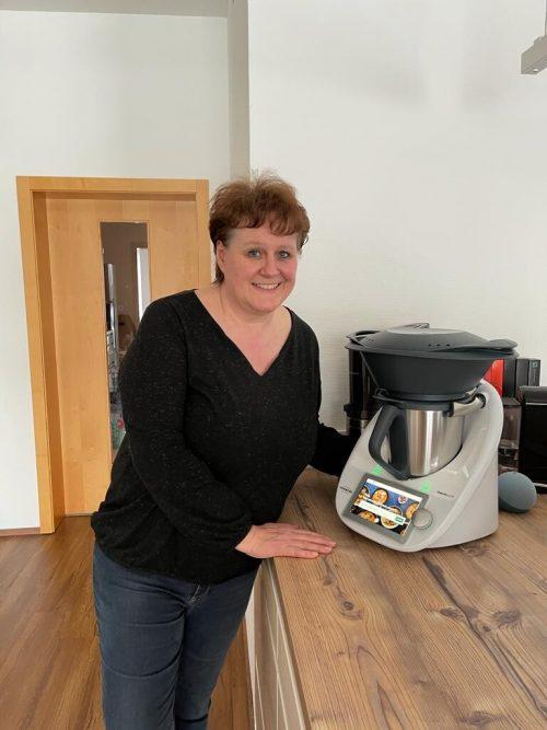 So sieht eine glückliche Thermomix-Gewinnerin aus: Gabi Wintschnig aus Lustenau.