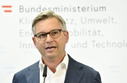 Staatssekretär Magnus Brunner verhandelte mit der Flugverkehrsbranche. APA