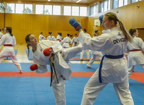 Vorarlbergs Aushängeschild Bettina Plank (links) während des Trainings mit Hanna Devigili.Paulitsch/3
