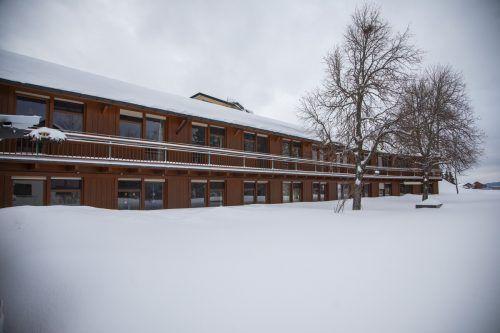 Winterliche Idylle rund um das Altenwohnheim in Sulzberg. Inzwischen läuft der Betrieb wieder in geregelten Bahnen.vn/paulitsch