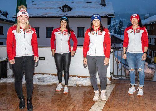 ABD0123_20210207 - CORTINA - ITALIEN: v.l. Ariane Rädler, Franziska Gritsch, Ramona Siebenhofer, Katharina Huber alle (AUT) während einer Pressekonferenz des ÖSV zur Aufstellung Alpine Kombination Damen am Sonntag, 07. Februar 2021 in Cortina. Die alpine Ski-Weltmeisterschaft findet von 8. bis 21. Februar 2021 in Cortina d'Ampezzo statt. - FOTO: APA/EXPA/JOHANN GRODER