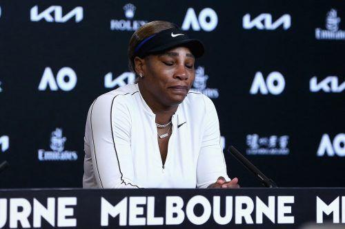 Als die Tränen flossen, verließ Serena Williams die Pressekonferenz.ap