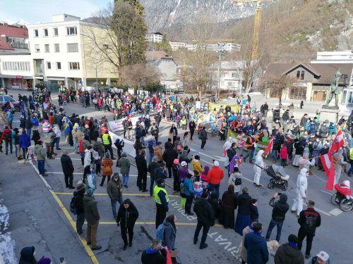 Am vergangenen Sonntag demonstrierten rund 900 Teilnehmer in Bludenz gegen die herrschenden Corona-Maßnahmen. BI