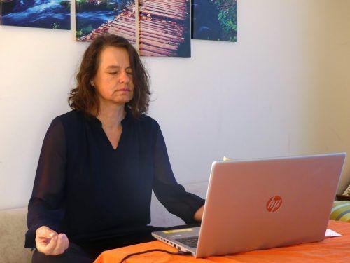 Auch Wilma Loitz setzt auf die Meditationspause, um die derzeitigen Herausforderungen zu meistern.