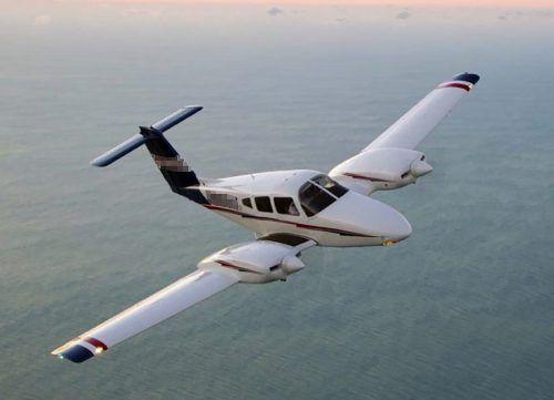 Bei der Maschine handelte es sich um eine zweimotorige Piper. PIPER AIRCRAFT