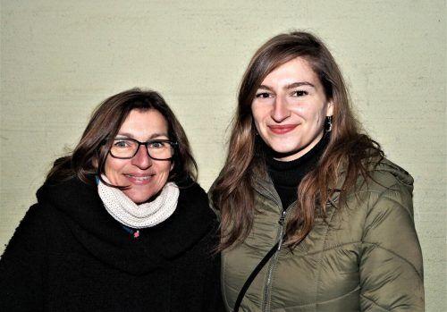 Brigit und Mona Blenke freuten sich über die Einladung.