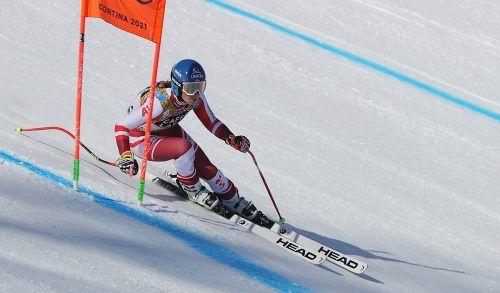 Christine Scheyer hat Cortina-Erfahrung, war schon bei zwei Weltups auf der Tofana-Piste. Heute fährt sie mit der Nummer zehn.GEPA