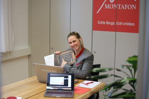 Daniela Vonbun freut sich, dass die wöchentlichen Online-Workshops für Tourismus-Lehrlinge im Montafon so gut angenommen werden.MT