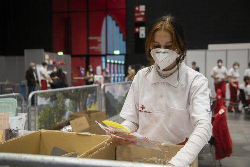 Das Rote Kreuz ist seit Anbeginn der Pandemie bei den Tests zugange.vn/paulitsch