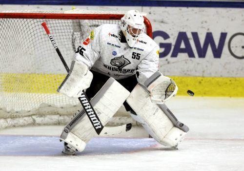DEC-Keeper Oskar Östlund leistete sich in Graz zwei Fehlgriffe.gepa