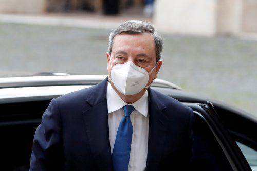 Der Ex-EZB-Präsident Mario Draghi stellte am Freitag sein Kabinett vor. reuters