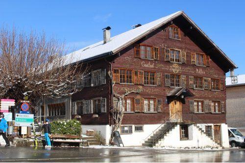 Der Gasthof Adler in Schwarzenberg soll zu einem kompletten Hotel umgestaltet werden – die Bauverhandlung dazu soll im dritten Anlauf klappen. STP/3