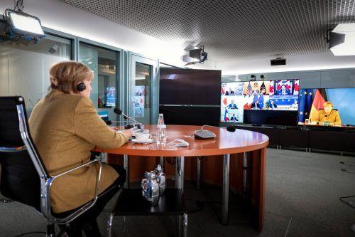 Die deutsche Kanzlerin Angela Merkel hat beim virtuellen G7-Gipfel ihre Bereitschaft signalisiert, ärmeren Ländern etwas vom deutschen Impfstoffkontingent abzugeben. Reuters