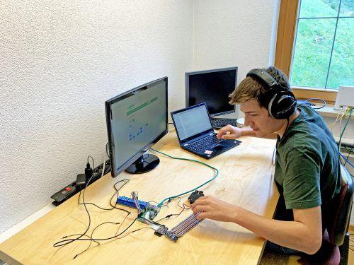 """Die Förderung durch """"EureProjekte"""" hilft Jugendlichen wie Luca Nigsch, ihre Ideen umzusetzen.aha"""