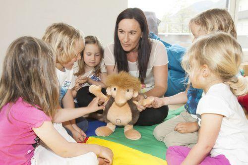 Die Gruppen der zu unterstützenden Kinder sind bewusst klein gehalten.sos kinderdorf
