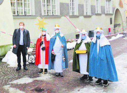 Die Sternsinger der Dompfarre waren in der Innenstadt von Feldkirch unterwegs. König