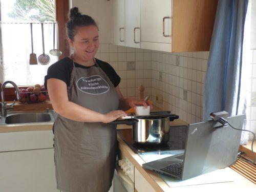 Für Sara Kapeller spielt die Herkunft der Nahrungsmittel eine große Rolle.BI