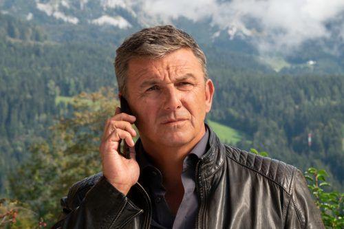 Hans Sigl lockt als Dr. Gruber jede Woche Millionen Zuschauer vor den Fernseher. ZDF/Erika Hauri