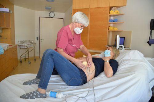 Hebamme Petra Kornexl und ihr Team ermöglichen im Stadtspital eine möglichst natürliche Geburt. bvs (2)