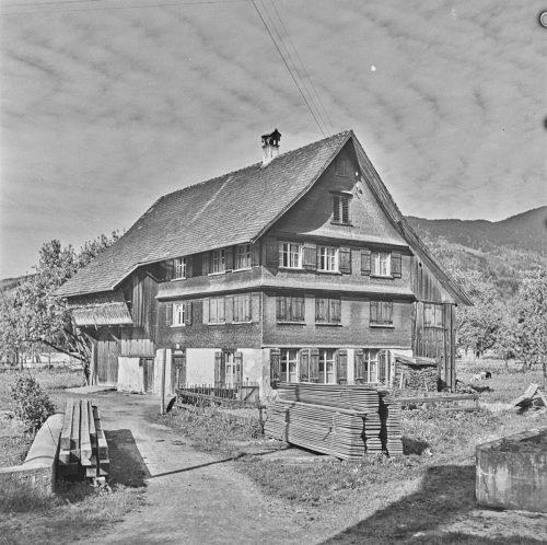 Im Hatlerdorf in der  Mühlebacherstraße.