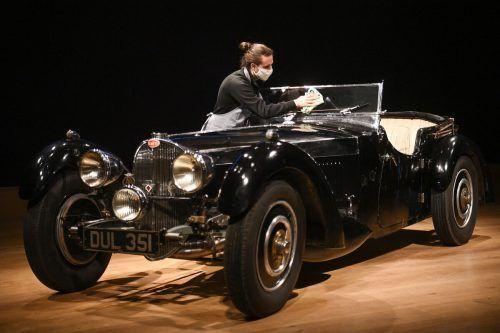 Insgesamt werden sechs Oldtimer angeboten. Höhepunkt ist dieser Bugatti. AFP