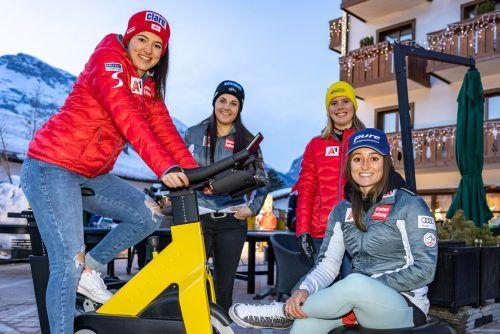 Katharina Huber, Franziska Gritsch, Katharina Liensberger und Chiara Mair bestreiten den letzten Damenbewerb heute bei der Ski-WM in Cortina.gepa