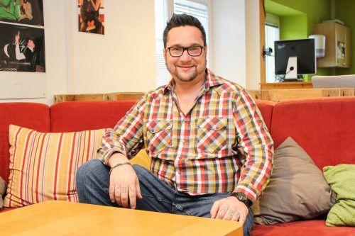 Markus Schwarzl ist seit Anfang Jänner Leiter der JugendKulturArbeit Walgau und will die mobile Jugendarbeit ins Große Walsertal hinein erweitern.Böcken