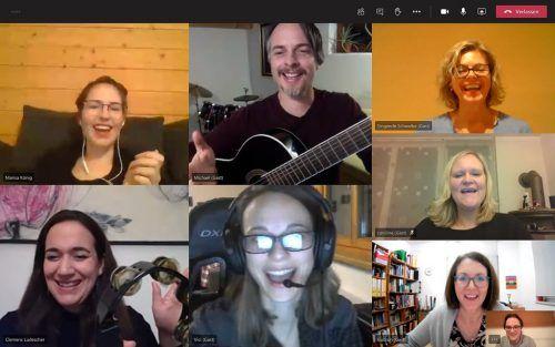 Per Zoom bleiben die Mitglieder vom SingRing wöchentlich in Kontakt und führen Proben für ihren virtuellen Chor durch.