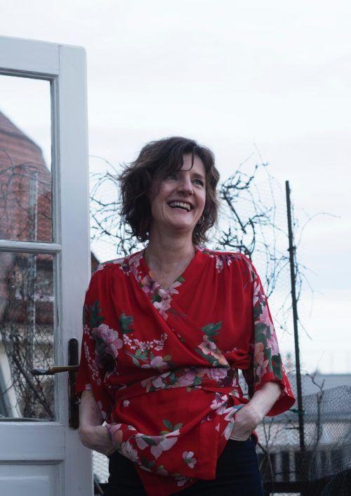 Schriftstellerin Doris Knecht nimmt an der Diskussion teil. knecht