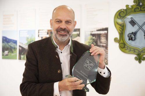 Standesrepräsentant Bgm. Jürgen Kuster bei der Online-Verleihung des Montafoner Wissenschaftspreises.meznar-media