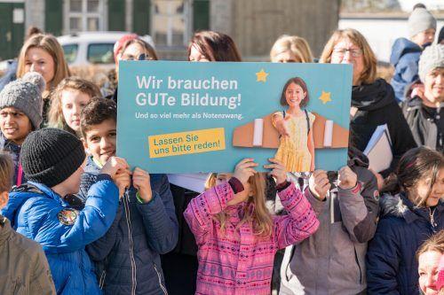 Vor fast genau einem Jahr gab es an der Volksschule Lustenau Kirchdorf Proteste gegen den Ziffernnotenzwang. VN/Stiplovsek