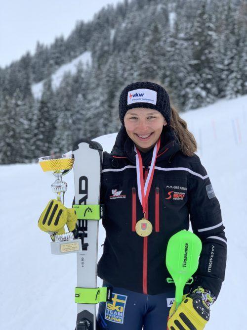 Antonia Muxel holte bei ÖSV-U-15-Meisterschaften in diesem Winter vier Silberne und eine Bronzene.Schoder