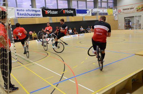 Bald wird in Dornbirn wieder wettkampfmäßig Radball gespielt.cth (2)