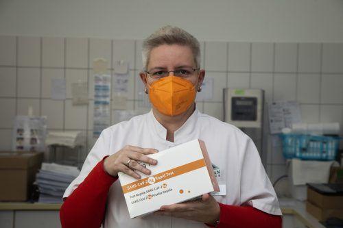 Barbara Hennig konnte ihren Kunden Gratistests anbieten.VN/Paulitsch