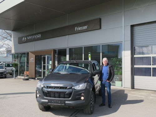 Bietet seit Kurzem neben Hyundai auch die Marke Isuzu an - der Feldkircher Autohändler Walter Johannes Friesser. VN/Strele