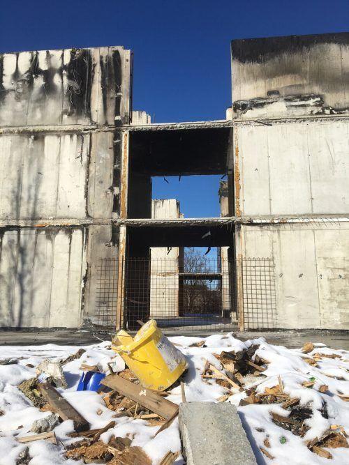Der Betonkern des Gebäudes wurde nun auch abgerissen.VN/pes