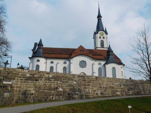 Der Koblacher Pfarrkirche steht eine umfangreiche Sanierung bevor. Die Arbeiten starten im April.Mäser