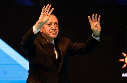 Der türkische Präsident rief dazu auf, zu Hause gehortete Devisen und Wertsachen bei den Staatsbanken zu deponieren. reuters